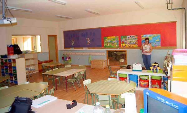 La Diputación sufraga los 6.545 euros de vales de alimentación de los colegios tras el parón por la covid-19