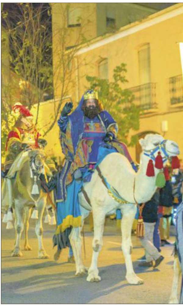 La asociación de Reyes Magos  de Onil prepara una visita 'especial' del Heraldo y SS.MM los Reyes de Oriente