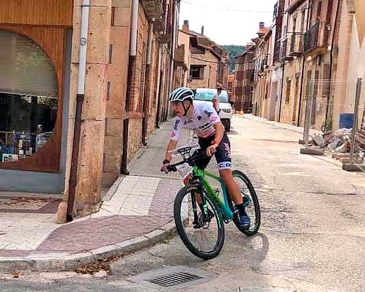 Los ciclistas colivencs Cayo Sempere y Javier Marco suben al podio del Campeonato de España MTBO 2021