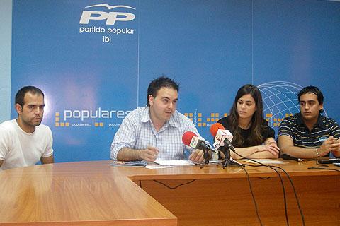 El programa de juventud del PP propone la creación de viviendas un 30% más baratas para los jóvenes